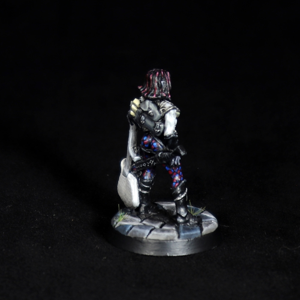 Astrid-Female-Bard-Miniature-4