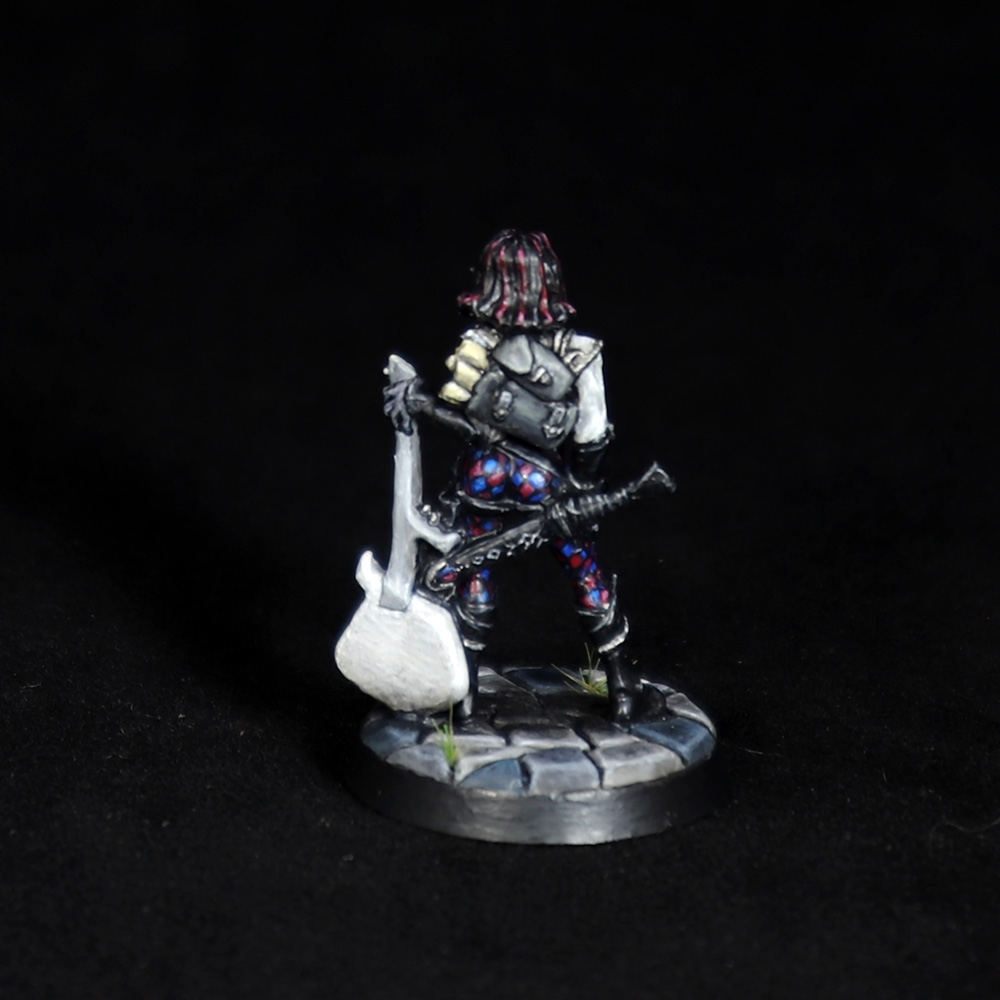 Astrid-Female-Bard-Miniature-5