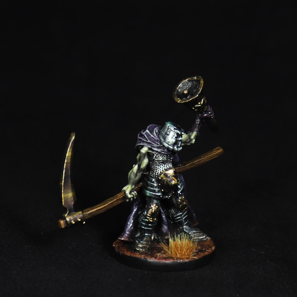 knight-bell-miniature-3