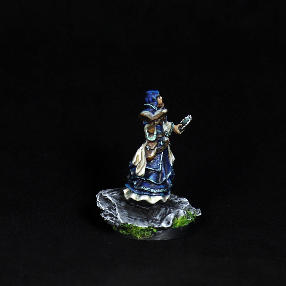 Descent-wizard-miniature-3