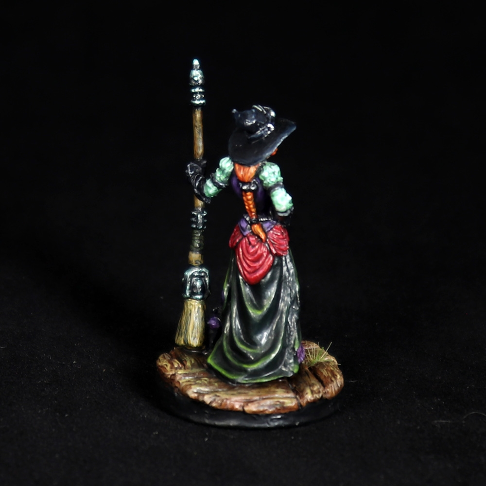 Dita-steampunk-witch-miniature-5