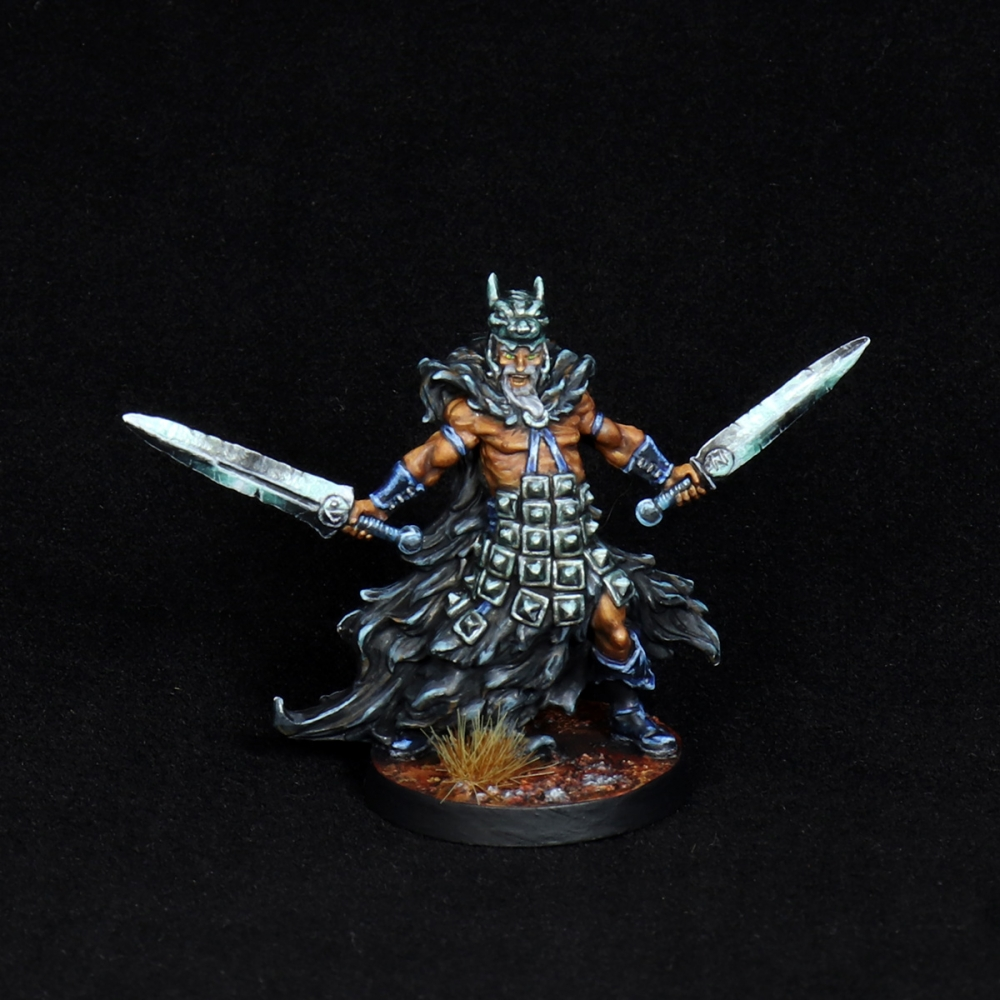 Aasimar-Inquisitor-Miniature-1