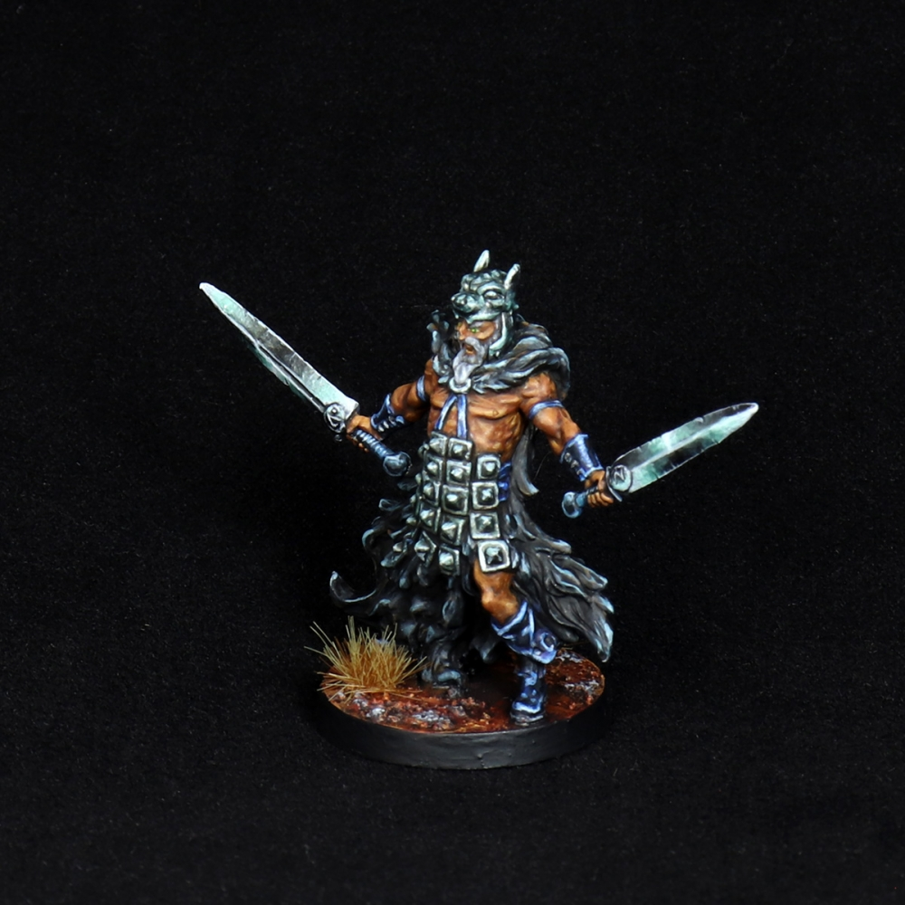 Aasimar-Inquisitor-Miniature-3