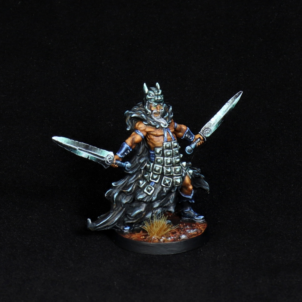 Aasimar-Inquisitor-Miniature-4