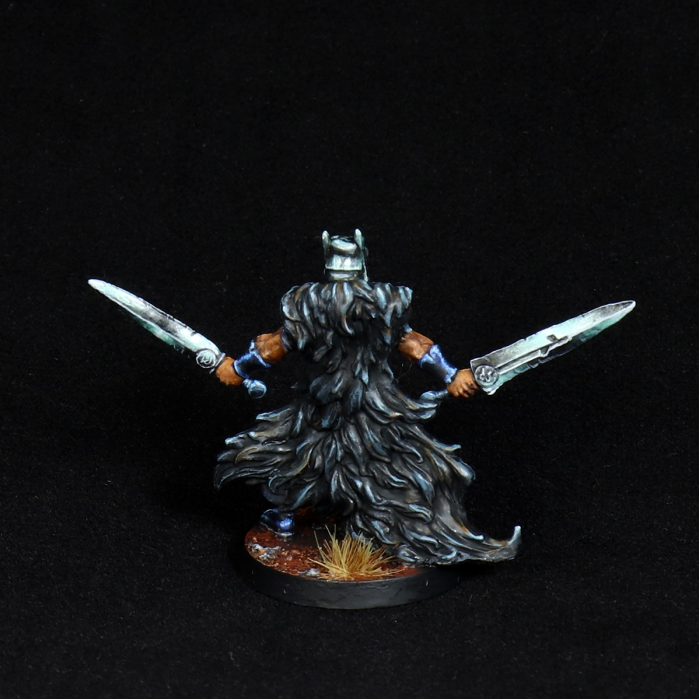 Aasimar-Inquisitor-Miniature-5