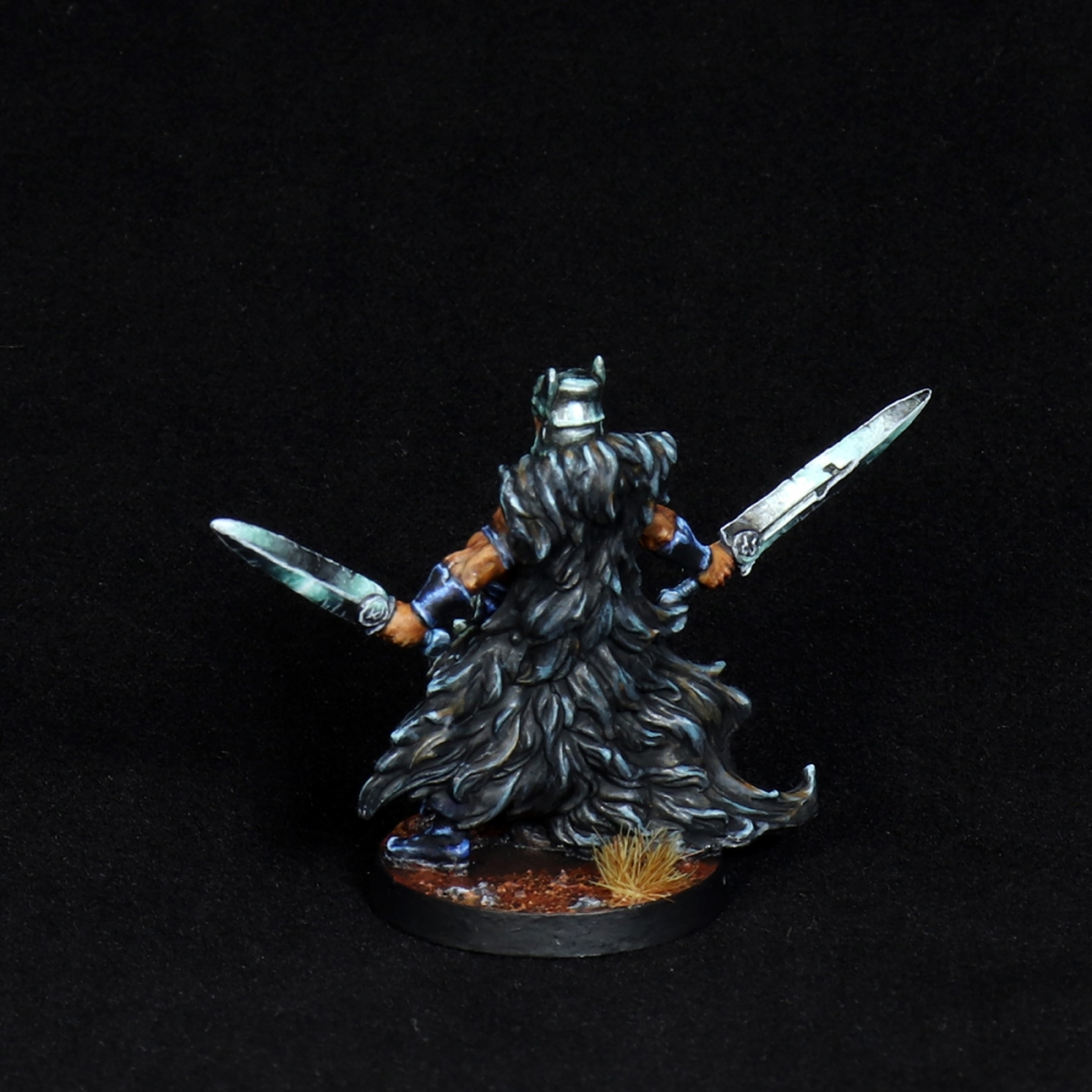 Aasimar-Inquisitor-Miniature-6
