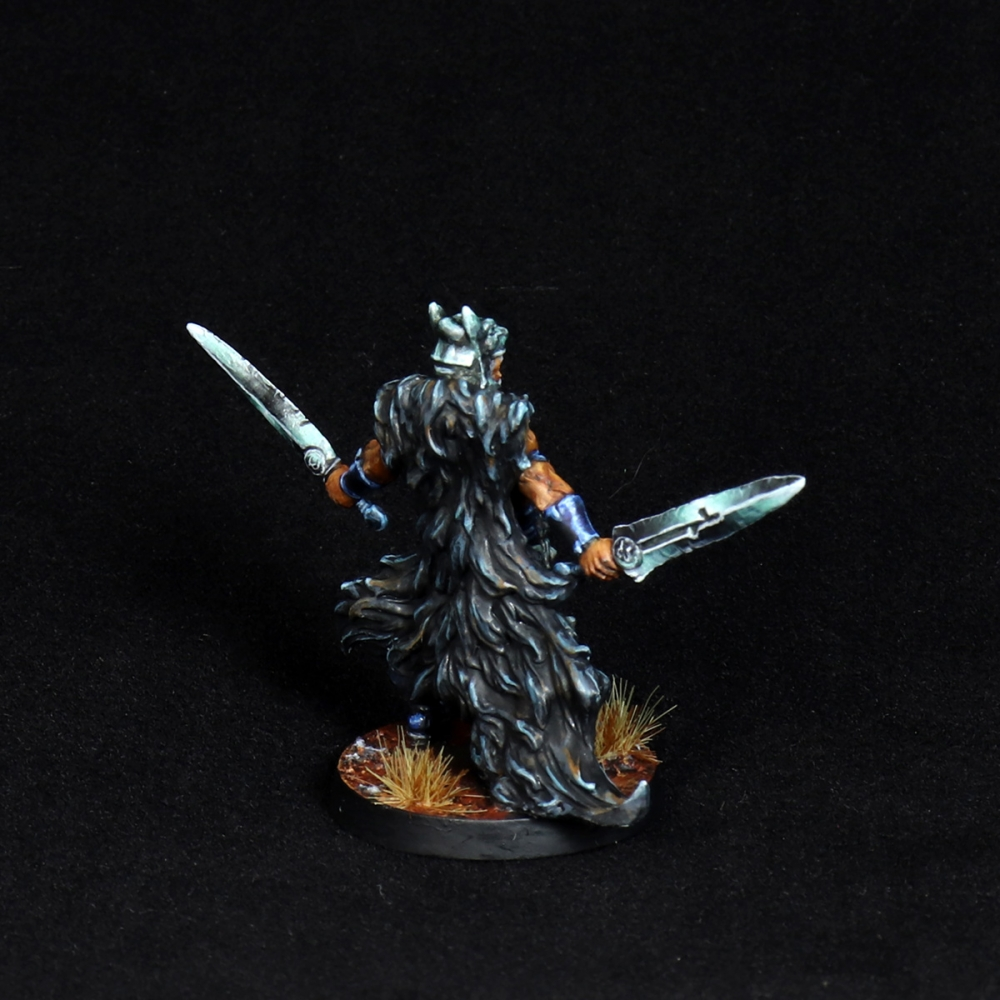 Aasimar-Inquisitor-Miniature-7