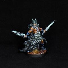Aasimar-Inquisitor-Miniature-4
