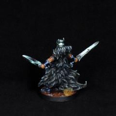 Aasimar-Inquisitor-Miniature-6