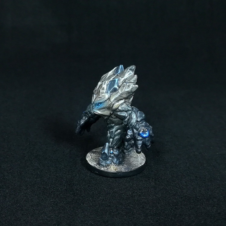medium-earth-elemental-miniature-3