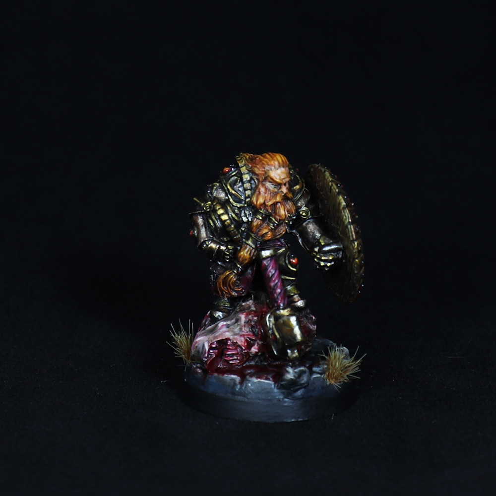 Dwarf-warrior-momminiaturas-2