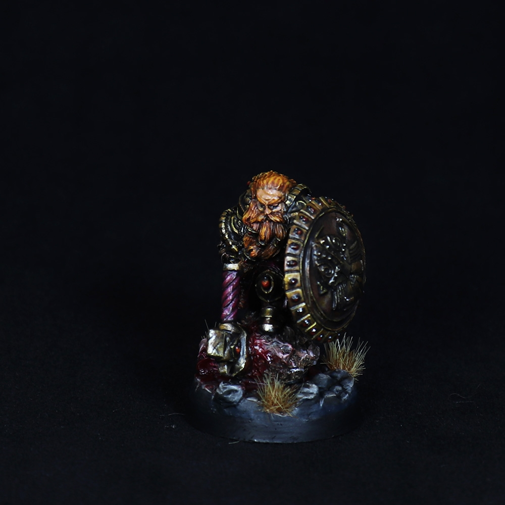 Dwarf-warrior-momminiaturas-4