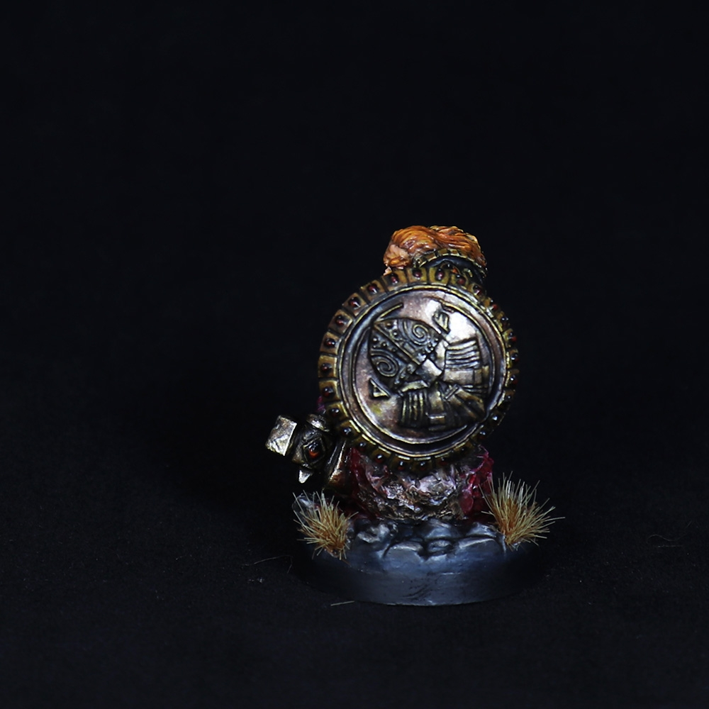 Dwarf-warrior-momminiaturas-5