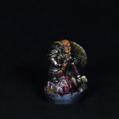 Dwarf-warrior-momminiaturas-1