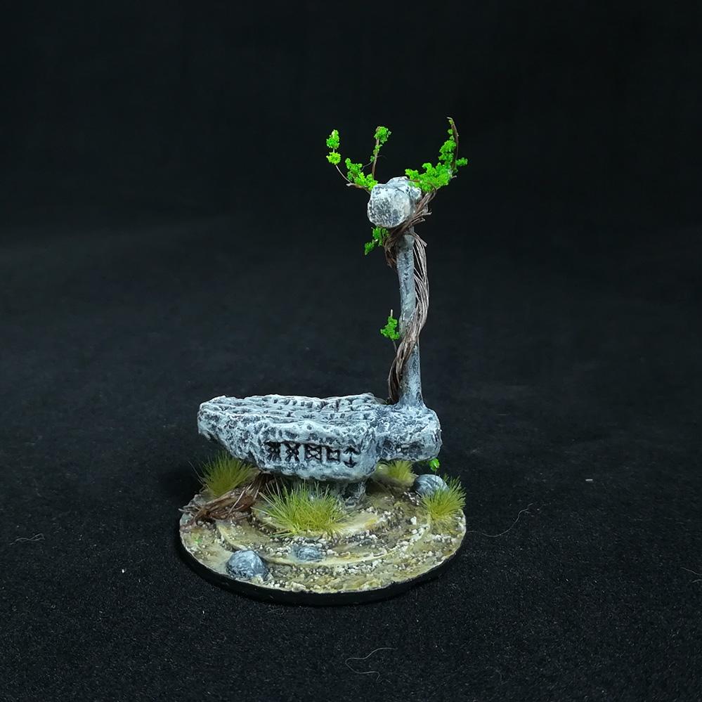 stone-anvil-miniature-1