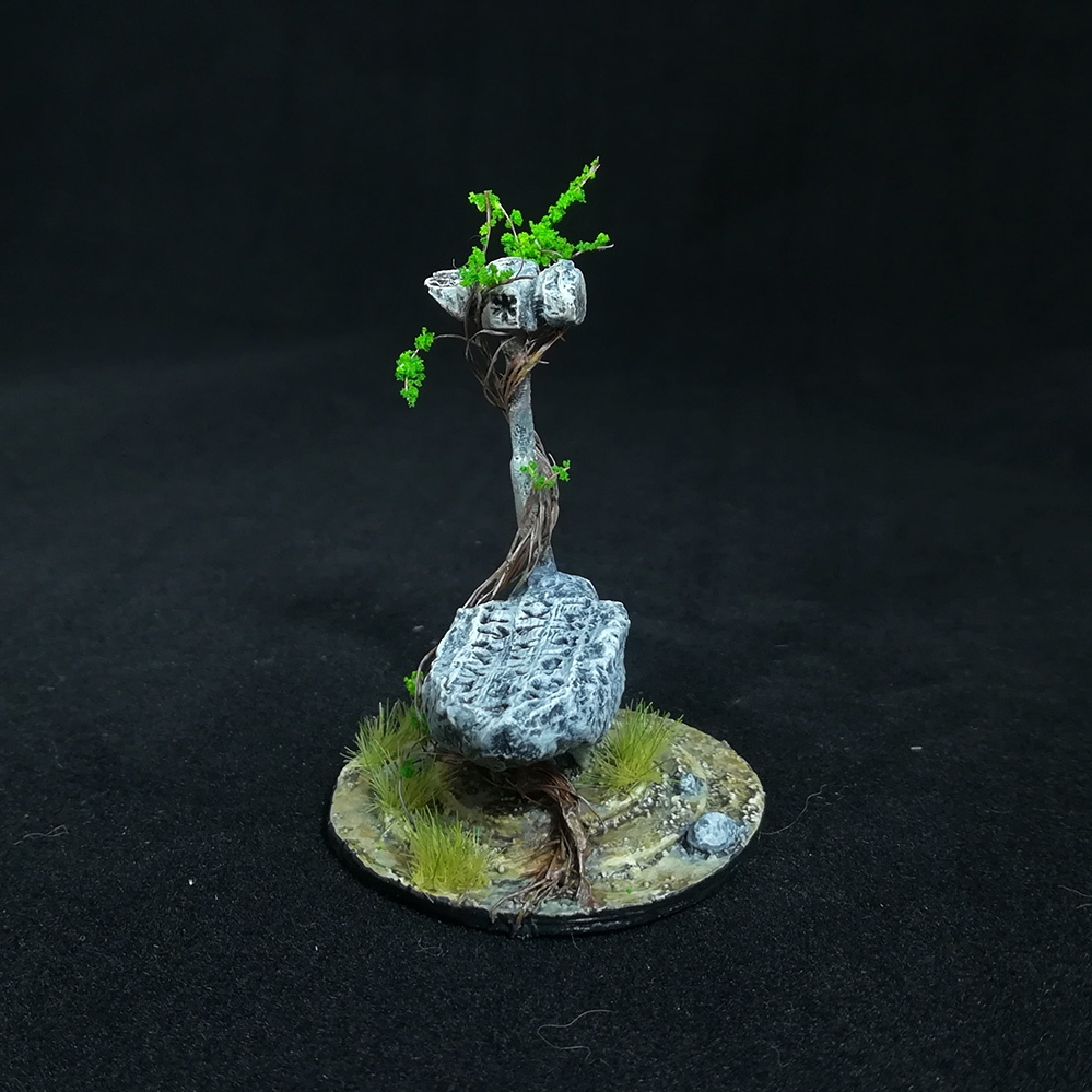 stone-anvil-miniature-3