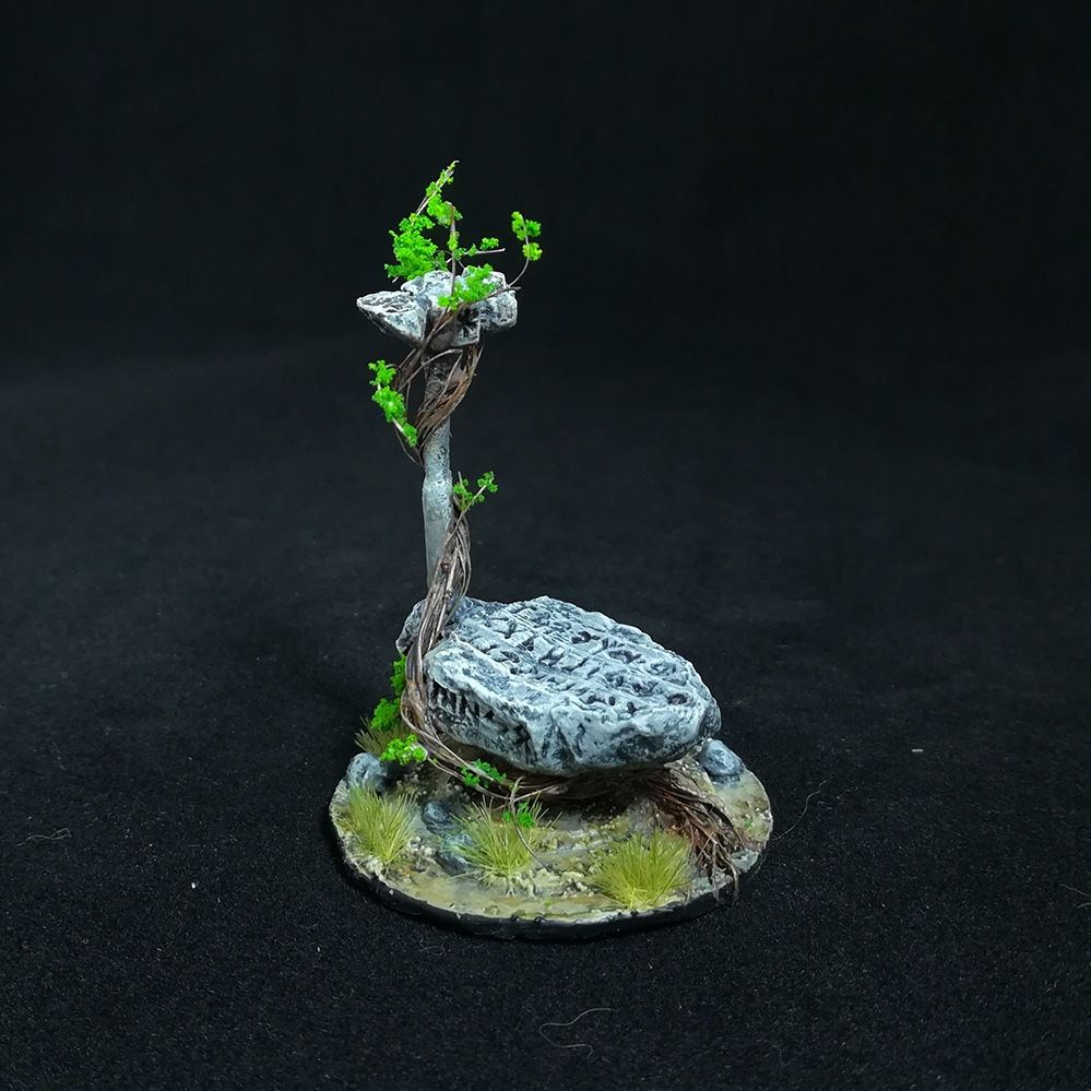 stone-anvil-miniature-4