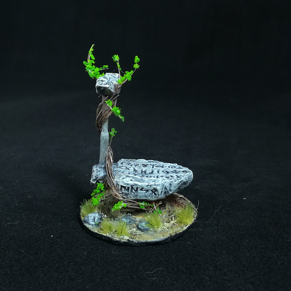 stone-anvil-miniature-5