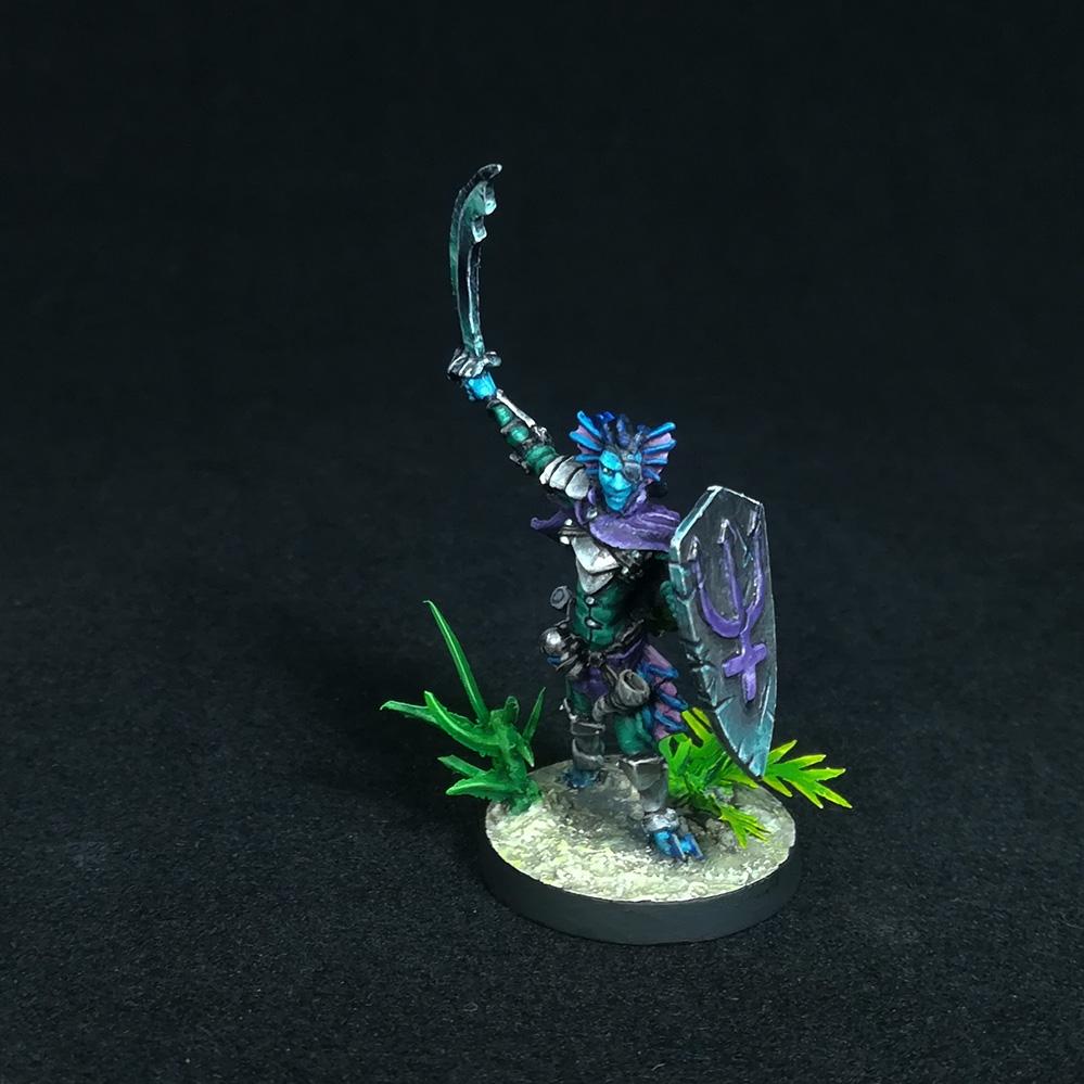 triton-paladin-miniature-2
