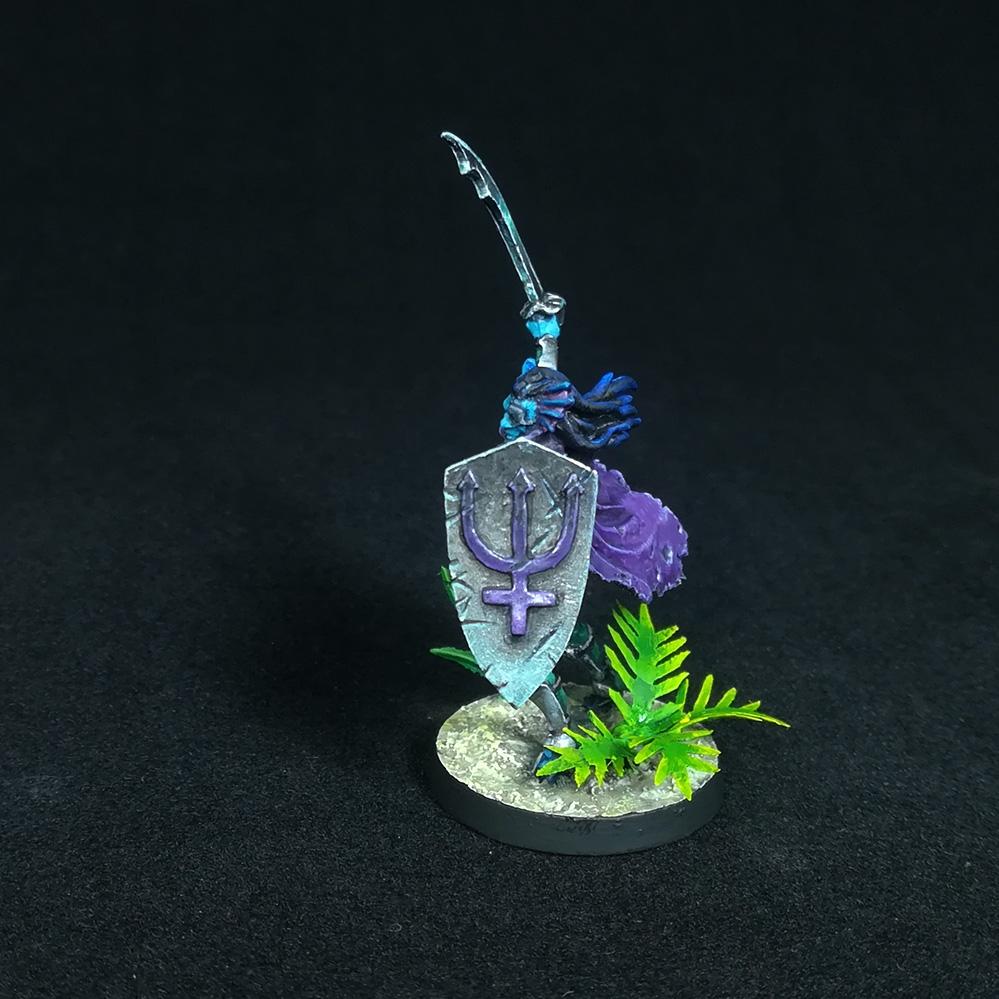 triton-paladin-miniature-3