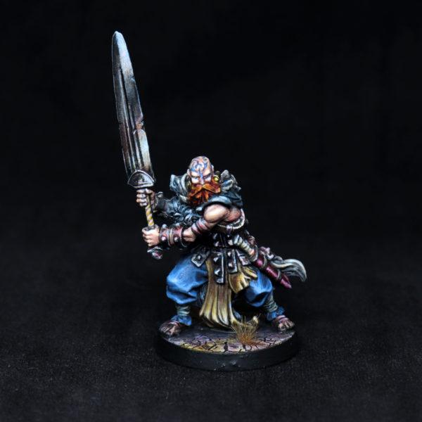 barbarian-greatsword-miniature